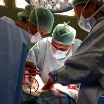 cerrahi dikkat ve özen ister